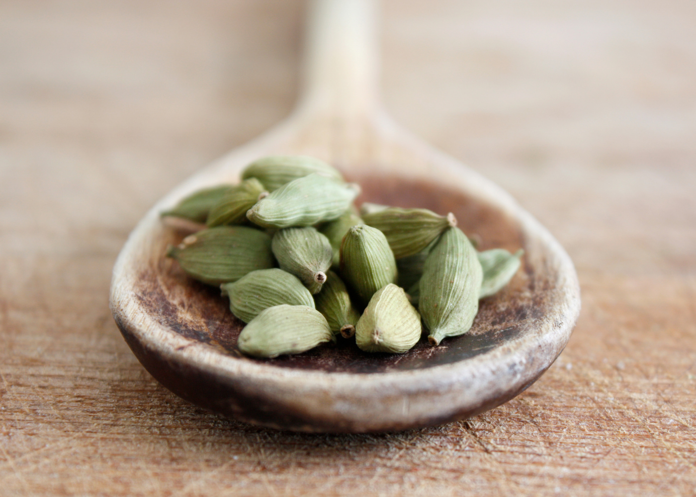 8 Uses Benefits Of Cardamom Essential Oil Dr Sara O Connell